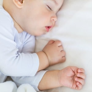 Some of my favorite baby care tips! 5 easy tips for getting your baby to sleep with a cold.